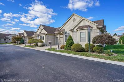 41 HICKORY CRT, Dearborn Heights, MI 48127 - #: 30776587