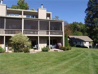 60 E Toxaway Shores None UNIT 25, Lake Toxaway, NC 28747 - MLS#: 3219618