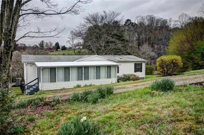 370 Youngs Cove Road, Candler, NC 28715 - MLS#: 3372736