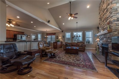 71 Carriage Highlands Court UNIT 7, Hendersonville, NC 28791 - MLS#: 3375340