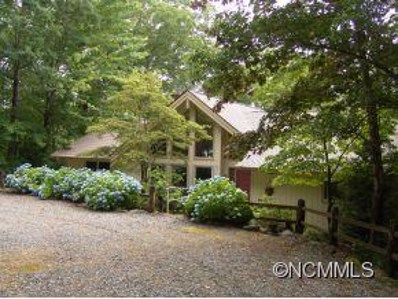 843 North Club Boulevard, Lake Toxaway, NC 28747 - MLS#: NCM535211