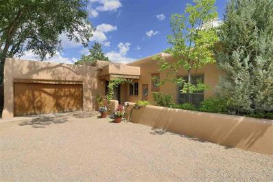 464 Arroyo Tenorio, Santa Fe, NM 87505 - #: 201803228