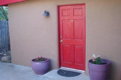802 Baca Street, Santa Fe, NM 87505 - #: 201804560
