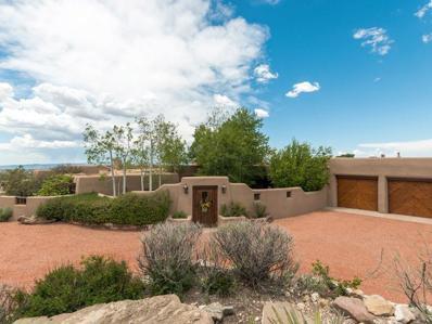 1113 Piedras Rojas, Santa Fe, NM 87501 - #: 201902303