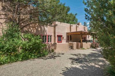 112 Camino Escondido #4, Santa Fe, NM 87501 - #: 201902492