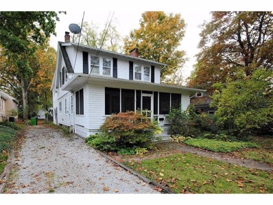 77 Maple St, Chagrin Falls, OH 44022 - MLS#: 3948536
