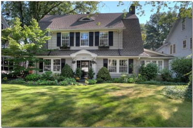 2207 N Saint James Pky, Cleveland Heights, OH 44106 - MLS#: 4024944