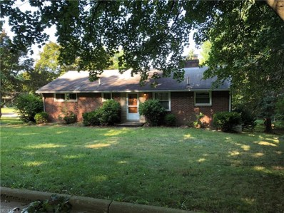 705 Glendale St SOUTHWEST, North Canton, OH 44720 - MLS#: 4028196