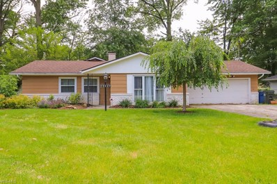 28643 Spruce Drive, North Olmsted, OH 44070 - #: 4052932