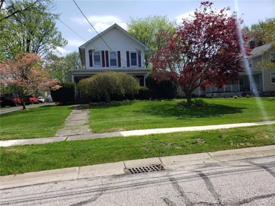 529 East St, Amherst, OH 44001 - #: 4092787