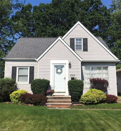 6742 Commonwealth Boulevard, Parma Heights, OH 44130 - #: 4105074