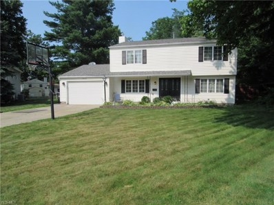 24146 Woodmere Drive, North Olmsted, OH 44070 - #: 4112845
