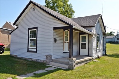 220 Lawrence Street, Bellefontaine, OH 43311 - #: 429769