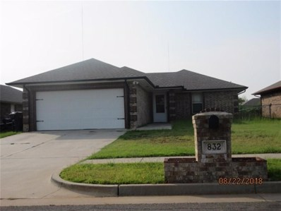 832 NE 84th Street, Oklahoma City, OK 73114 - #: 870557