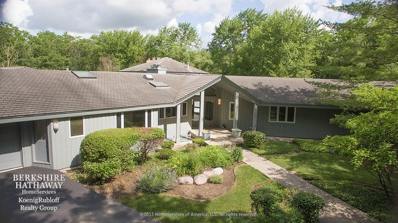 3328 Country Lane, Long Grove, IL 60047 - #: 09800702