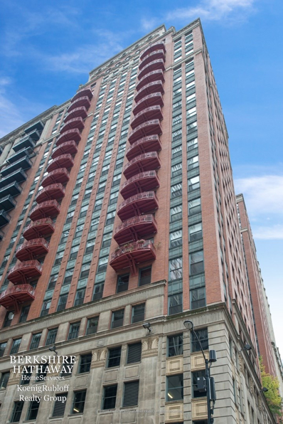 208 W Washington Street UNIT 606, Chicago, IL 60606 - #: 09972516