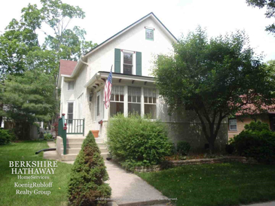 207 4th Street, Libertyville, IL 60048 - #: 10033157