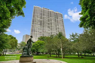 2800 N Lake Shore Drive UNIT 2416, Chicago, IL 60657 - #: 10099106