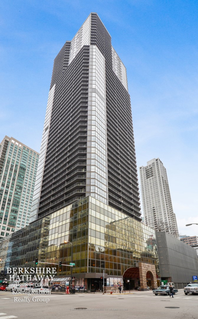 10 E Ontario Street UNIT 4402, Chicago, IL 60611 - #: 10135393