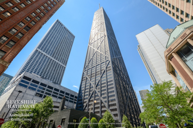 175 E DELAWARE Place #5003, Chicago, IL 60611 - #: 10272356