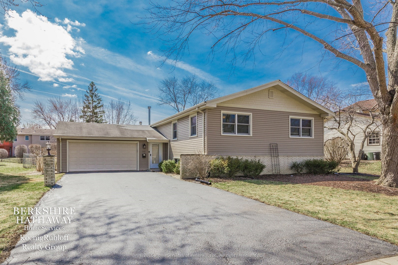 741 Liberty Bell Lane, Libertyville, IL 60048 - #: 10333226