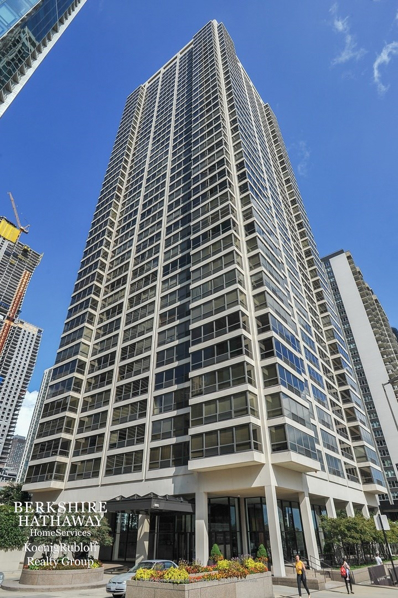360 E Randolph Street UNIT 4206, Chicago, IL 60601 - #: 10373891