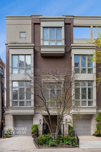112 West Delaware Place, Chicago, IL 60610 - #: 10448184