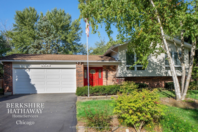 8220 Deerwood Court, Woodridge, IL 60517 - #: 10598701
