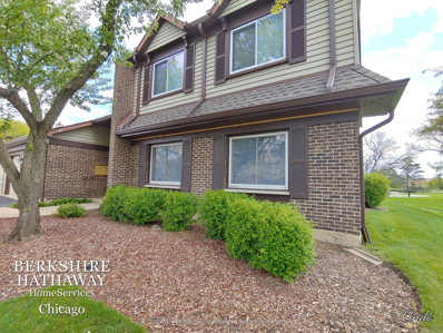 421 Sandhurst Circle #B, Glen Ellyn, IL 60137 - #: 10710643