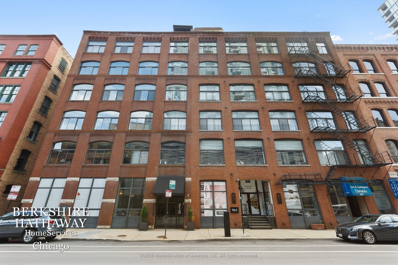 215 W ILLINOIS Street #4C, Chicago, IL 60610 - #: 10758449