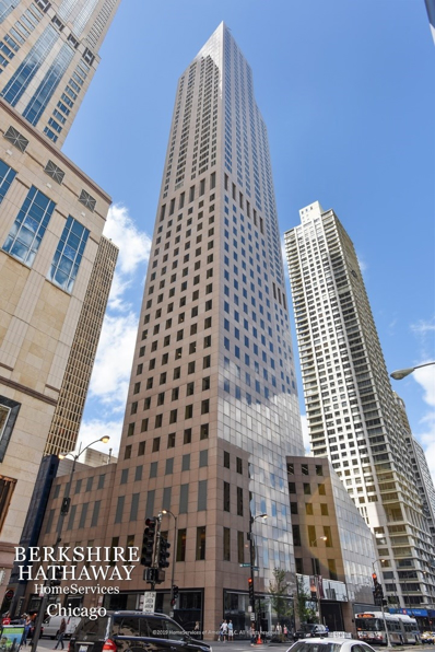 950 N MICHIGAN Avenue #3605, Chicago, IL 60611 - #: 10408960
