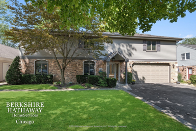 310 S BRISTOL Lane, Arlington Heights, IL 60005 - #: 10838307