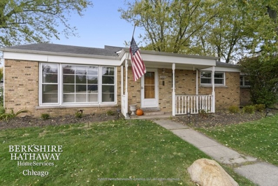 2402 Illinois Road, Northbrook, IL 60062 - #: 10937031