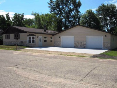 809 Main, Redgranite, WI 54970 - MLS#: 50187168