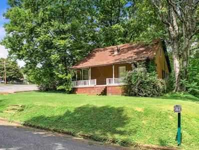 1009 Military St, Florence, AL 35630 - #: 422470