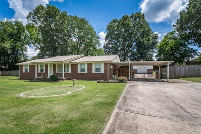 712 Midland Ave, Muscle Shoals, AL 35661 - #: 422876