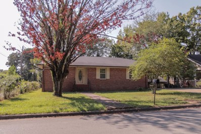 1721 Maple Ave, Florence, AL 35630 - #: 423899
