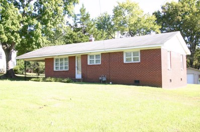 671 Cox Creek Pkwy, Florence, AL 35630 - #: 424118