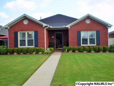 2211 Yorkshire  Se, Decatur, AL 35601 - #: 1074648