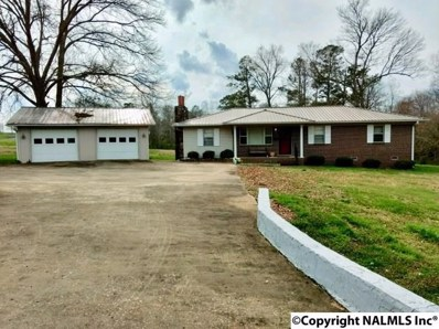3135 County Road 34, Crossville, AL 35962 - #: 1092371