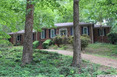 110 Oakwood Circle, Scottsboro, AL 35768 - #: 1093811