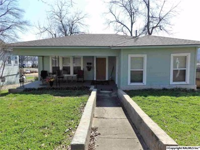 835 Gunter Avenue, Guntersville, AL 35976 - #: 1094894