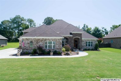 127 Featherstone Lane, Owens Cross Roads, AL 35763 - #: 1096549