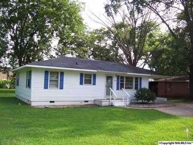 301 Taylor Street, Scottsboro, AL 35768 - #: 1097687