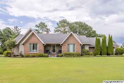 4510 Arrowhead Drive, Decatur, AL 35601 - #: 1101093