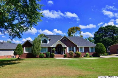 323 Mountain Lake Circle, Rainbow City, AL 35906 - #: 1102683
