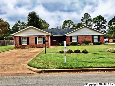 2415 Crestview Drive, Decatur, AL 35601 - #: 1105620
