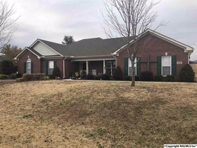 305 Smokey Hills Court, New Market, AL 35761 - #: 1107287
