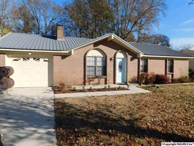 1702 Saginaw Lane SW, Decatur, AL 35603 - #: 1108050