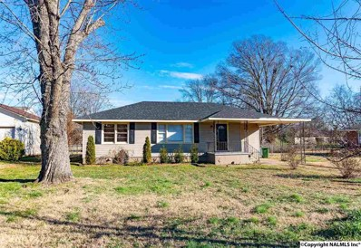 405 Ford Street, Muscle Shoals, AL 35661 - #: 1108924
